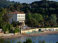 Hotel Villa Ottone mit Strand, Portoferraio, Elba, Region Toskana, Provinz Livorno, Italien, Europa<br /> Hotel Villa Ottone, beach, Portoferraio, Elba, Region Tuscany, Province Livorno, Italy, Europe