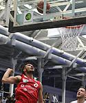 Wolfenbuettels Samuel Mpacko (Nr.8)  verfolgt den Ball beim Spiel in der Pro B, ETB Wohnbau Baskets Essen - MTV Herzoege Wolfenbuettel.<br /> <br /> Foto &copy; PIX-Sportfotos *** Foto ist honorarpflichtig! *** Auf Anfrage in hoeherer Qualitaet/Aufloesung. Belegexemplar erbeten. Veroeffentlichung ausschliesslich fuer journalistisch-publizistische Zwecke. For editorial use only.