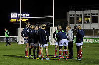 Peter Richards, Coach of London Scottish (3rd right), speaks to his tem ahead of the Greene King IPA Championship match between London Scottish Football Club and Nottingham Rugby at Richmond Athletic Ground, Richmond, United Kingdom on 16 October 2015. Photo by David Horn.