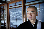 "(En) January 2010 - Koyasan, Japan. Inden Juin, 33, decided to become priest after his mentor of Seitai passed away. Seitai is a Japanese therapeutic massage based on a good knowledge of body and mind. 4 months later, he will attend a class at Koyasan's monastery to officially become priest . (Fr) Janvier 2010 - Koyasan, Japon. Inden Juin, 33 ans, a decide de devenir moine a la suite de la mort de son maitre de Seitai, forme japonaise de massage therapeutique alliant connaissance du corps et de l'esprit. Il rejoindra 4 mois plus tard le monastere du Koyasan pour parfaire sa connaissance du bouddhisme Shingon avant de ""se laisser guider par Bouddha"" pour la suite."
