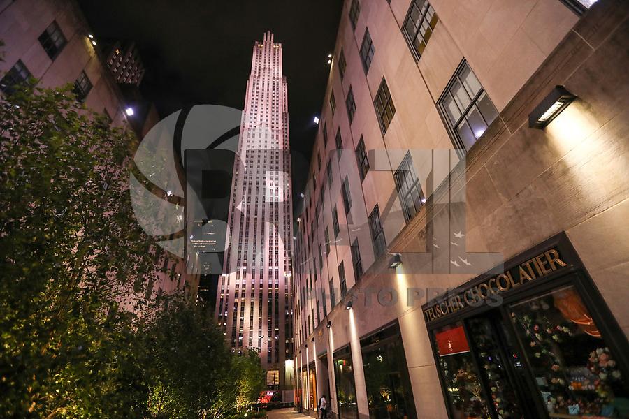 NOVA YORK, EUA, 02.06.2019 - TURISMO-EUA - Rockefeller Center na cidade de Nova York nos Estados Unidos na noite deste domingo, 02. (Foto: William Volcov/Brazil Photo Press)