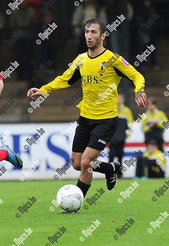 2011-10-09 / Voetbal / seizoen 2011-2012 / Berchem Sport - TSV Lyra / Murat Kocak..Foto: Mpics