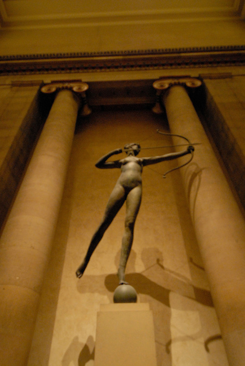 Philadelphia Museum of Art, Diana sculpture..Philadelphia, Pennsylvania, PA USA.  Photo copyright Lee Foster, 510-549-2202, lee@fostertravel.com, www.fostertravel.com. Photo 210-30613