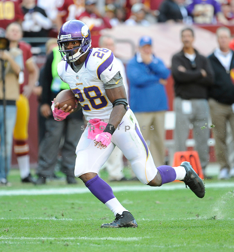 Minnesota Vikings Adrian Peterson (28) in action during a game against the Washington Redskins on October 14, 2012 at FedExField in Washington, DC. The Redskins beat the Vikings 38-26