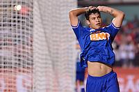 SÃO PAULO, SP, 20 DE JULHO DE 2013 - CAMPEONATO BRASILEIRO - SÃO PAULO x CRUZEIRO: Ricardo Goulart (d) durante partida São Paulo x Cruzeiro, válida pela 8ª rodada do Campeonato Brasileiro de 2013, disputada no estádio do Morumbi em São Paulo. FOTO: LEVI BIANCO - BRAZIL PHOTO PRESS.