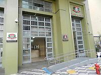 """ATENÇÃO EDITOR: FOTO EMBARGADA PARA VEÍCULOS INTERNACIONAIS. – SÃO PAULO - SP –  11 DE NOVEMBRO 2012. MORTO BRAÇO DIREITO DE PIAUÍ, Gefferson Oliveira Soares (23) vulgo """"GG do Mangue"""" e Paulo Batista Nascimento (25) vulgo """"Limão"""", ambos tomariam conta  do tráfico na Favela de Paraisópolis, em confronto com policiais da ROCAN hoje (10) pela manhã no Campo Limpo – zona sul. Os bandidos não obedeceram a ordem de parada e trocaram tiros com os policiais, um traficante de nome Michel Daniel da Silva, que estava na troca tiros, foi preso. Ocorrência pelo DHPP.  FOTO: MAURICIO CAMARGO / BRAZIL PHOTO PRESS."""