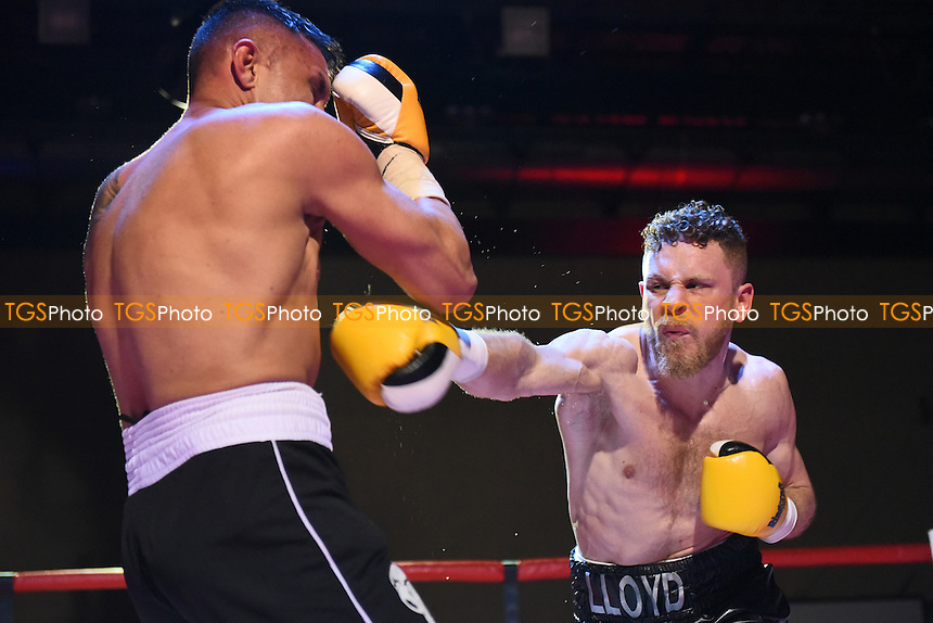 Lloyd Ellett (R) defeats Adam Grabiec during a Boxing show at the Tolworth Recreation Centre on 1st April 2016