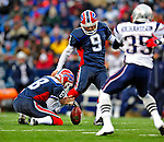 28 December 2008: Buffalo Bills' placekicker Rian Lindell misses a 47 yard fieldgoal in the second quarter against the New England Patriots at Ralph Wilson Stadium in Orchard Park, NY. The Patriots kept their playoff hopes alive defeating the Bills 13-0 in their 16th win against Buffalo of their past 17 meetings. ***** Editorial Use Only ******..Mandatory Photo Credit: Ed Wolfstein Photo