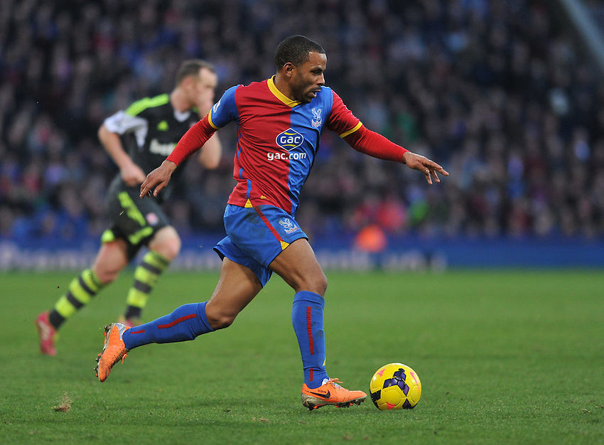Crystal Palace's Jason Puncheon in action during todays match against Stoke City<br /> <br /> Photo by Ashley Western/CameraSport<br /> <br /> Football - Barclays Premiership - Crystal Palace v Stoke City - Saturday 18th January 2014 - Selhurst Park - London<br /> <br /> &copy; CameraSport - 43 Linden Ave. Countesthorpe. Leicester. England. LE8 5PG - Tel: +44 (0) 116 277 4147 - admin@camerasport.com - www.camerasport.com