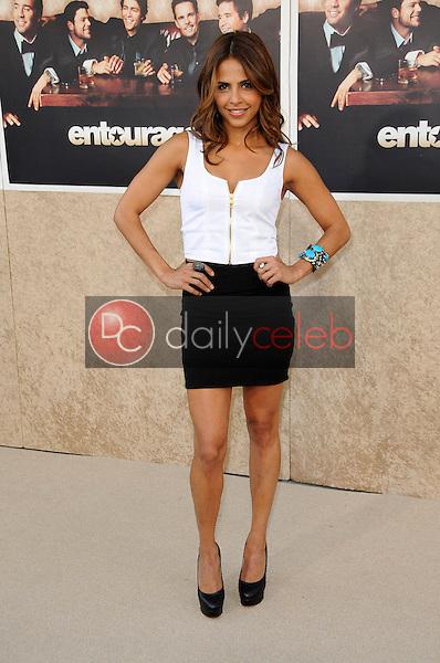 Azita Ghanizada<br />at the Los Angeles Premiere of 'Entourage' Season Six. Paramount Theater, Hollywood, CA. 07-09-09<br />Dave Edwards/DailyCeleb.com 818-249-4998