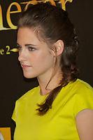 """ATENÇAO EDITOR FOTO EMBARGADA PARA VEICULOS INTERNACIONAIS - MADRI, ESPANHA, 14 NOVEMBRO 2012 - O atriz Kirsten Stewart durante premiere de """"The Twilight Saga: Breaking Dawn - Part 2"""" em Madrid capital da Espanha, neste sabado, 15. (FOTO: ALFAQUI / BRAZIL PHOTO PRESS)."""
