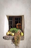 Italy, Alto Adige-Trentino (South Tyrol), Appiano sulla Strada del Vino - district Cornaiano: window   Italien, Suedtirol (Alto Adige-Trentino), Eppan - Girlan: Fenster