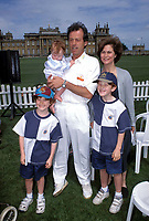 LESLIE GRANTHAM &amp; Family<br /> Ref: 2933<br /> Blenheim Palace, Oxfordshire 09/06/1996<br /> www.capitalpictures.com<br /> sales@capitalpictures.com<br /> CAP/HT<br /> &copy;Hugh Thompson/Capital Pictures