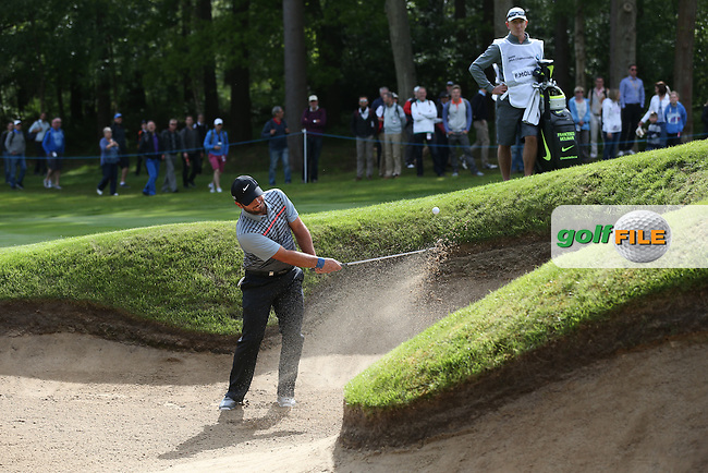 Francesco Molinari (ITA) plays out of the bunker on 7th during Round Two of the 2015 BMW PGA Championship over the West Course at Wentworth, Virginia Water, London. 22/05/2015Picture David Lloyd, www.golffile.ie.