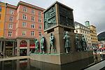 Sjomannsmonumentet, Seaman's Monument, by Dyre Vaa 1950, Torgallmenningen, Bergen, Norway