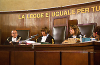 La corte del primo processo SME. Milano, 6 giugno 2003... The Court  of the first SME trial. Milan, June 6, 2003