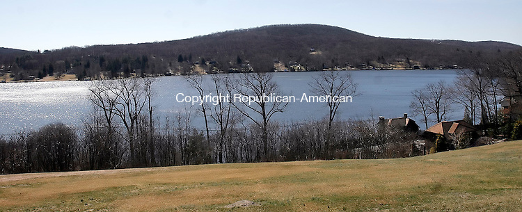 WARREN, CT-17 March 2006-031706TK02- Lake Waramaug as view from Bliss Road in Warren.   Tom Kabelka Republican-American (Lake Waramaug, Bliss Road, Warren)CQ