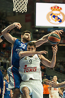 Real Madrid´s Felipe Reyes and Anadolu Efes´s Deniz Kilicli during 2014-15 Euroleague Basketball match between Real Madrid and Anadolu Efes at Palacio de los Deportes stadium in Madrid, Spain. December 18, 2014. (ALTERPHOTOS/Luis Fernandez) /NortePhoto /NortePhoto.com