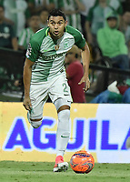 MEDELLÍN -COLOMBIA - 18-06-2017: Daniel Bocanegra jugador del Nacional en acción durante el encuentro entre Atlético Nacional y Deportivo Cali  por la final de la Liga Águila I 2017 jugado en el estadio Atanasio Girardot de la ciudad de Medellín. / Daniel Bocanegra player of Nacional in action during second leg match between Atletico Nacional and Deportivo Cali  for the final of the Aguila League I 2017 at Atanasio Girardot stadium in Medellin city. Photo: VizzorImage/ Gabriel Aponte / Staff