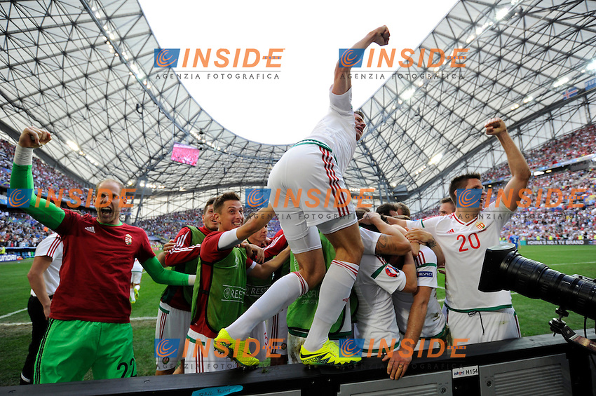 Esultanza Ungheria autogol Birkir Saevarsson . Hungary players celebrate draw after own goal of Birkir Saevarsson <br /> Marseille 18-06-2016 Stade Velodrome Football Euro2016 Iceland - Hungary / Islanda - Ungheria Group Stage Group F. Foto Franck Pennant / Panoramic / Insidefoto