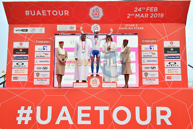 David Gaudu (FRA) Groupama-FDJ retains the White Jersey at the end of Stage 5 of the 2019 UAE Tour, running 181km form Sharjah to Khor Fakkan, Dubai, United Arab Emirates. 28th February 2019.<br /> Picture: LaPresse/Massimo Paolone | Cyclefile<br /> <br /> <br /> All photos usage must carry mandatory copyright credit (© Cyclefile | LaPresse/Massimo Paolone)