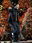 Gavin DeGraw in Concert at The Grove's 11th Annual Christmas Tree Lighting, Los Angeles, Ca. November 17, 2013.