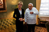 Foreign Minister Julie Bishop meets with former US Secretary of State Dr Henry Kissinger in New York City, January 25, 2016. photo by Trevor Collens/DFAT