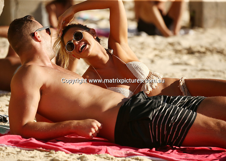 6 NOVEMBER 2016 SYDNEY AUSTRALIA<br /> WWW.MATRIXPICTURES.COM.AU<br /> <br /> EXCLUSIVE PICTURES<br /> <br /> Kiki Morris pictured with her new boyfriend at Nielsen Park enjoying a swim and sun baking.
