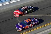 Monster Energy NASCAR Cup Series<br /> Daytona 500<br /> Daytona International Speedway, Daytona Beach, FL USA<br /> Sunday 18 February 2018<br /> Denny Hamlin, Joe Gibbs Racing, FedEx Express Toyota Camry, Kurt Busch, Stewart-Haas Racing, Haas Automation/Monster Energy Ford Fusion<br /> World Copyright: Logan Whitton<br /> LAT Images