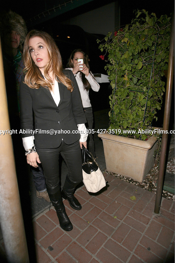 April 10th 2012 Tuesday night Lisa Marie Presley &amp; husband Michael Lockwood with friends dine at Mr.Chow in Beverly Hills<br />