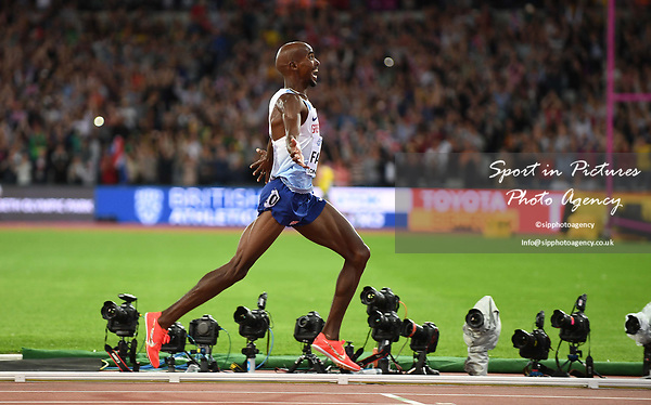 Mo Farah (GBR) celebrates as he wins the mens 10,000m. IAAF World athletics championships. London Olympic stadium. Queen Elizabeth Olympic park. Stratford. London. UK. 04/08/2017. ~ MANDATORY CREDIT Garry Bowden/SIPPA - NO UNAUTHORISED USE - +44 7837 394578