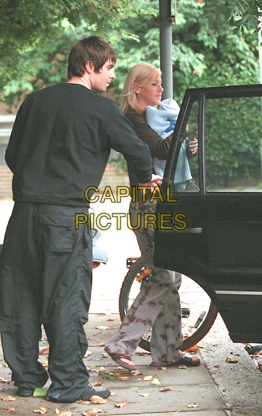 NICOLE APPLETON & LIAM GALLAGHER .They And Baby Gene Leave For The Portland Clinic For A Check Up.getting in car, paparazzi pix, celeb couple, full length, full-length.www.capitalpictures.com.sales@capitalpictures.com.© Capital Pictures