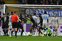 celebrate the goal, Torjubel zum 3:0 von Sebastien Haller (Eintracht Frankfurt) - 11.11.2018: Eintracht Frankfurt vs. FC Schalke 04, Commerzbank Arena, DISCLAIMER: DFL regulations prohibit any use of photographs as image sequences and/or quasi-video.