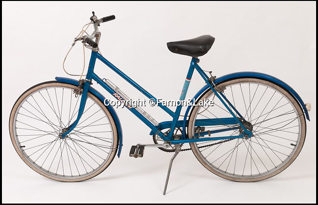 BNPS.co.uk (01202 558833)Pic: Farnon&Lake/BNPS<br /> <br /> A quirky piece of modern British history has emerged for sale and experts are tipping it to collect as much as £1,500<br /> <br /> A bicycle, owned by Lady Diana Spencer during her engagement to Prince Charles is set to get enthusiasts interested after it appeared on the market for the first time in almost a decade.<br /> <br /> The 1970s Raleigh traveller bike was first owned by Diana before she agreed to marry Charles, and she continued to ride it after the pair became engaged.<br /> <br /> However, there were those within the palace who deemed the blue bicycle unfit for a princess and she was discouraged from riding it, to the point she felt they had no chance but to sell it to Gerald Stonehill, the father of one of her friends.