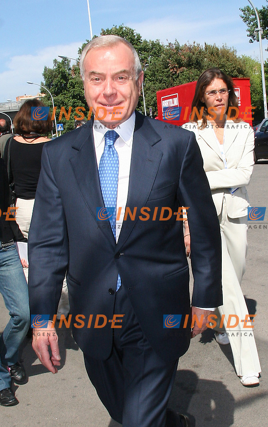 Roma, 25/05/ 2006. Assemblea Annuale Confindustria 2006. <br /> Nella foto Gianni Letta.<br /> Photo Samantha Zucchi Insidefoto