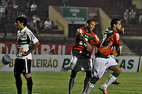 ATENÇÃO EDITOR: FOTO EMBARGADA PARA VEÍCULOS INTERNACIONAIS - SÃO PAULO, SP, 05 DE SETEMBRO DE 2012 - CAMPEONATO BRASILEIRO - PORTUGUESA x CORITIBA: Bruno Mineiro (d) comemora seu gol durante partida Portuguesa x Coritiba, válida pela 22ª rodada do Campeonato Brasileiro de 2012 no Estádio do Canindé. FOTO: LEVI BIANCO - BRAZIL PHOTO PRESS