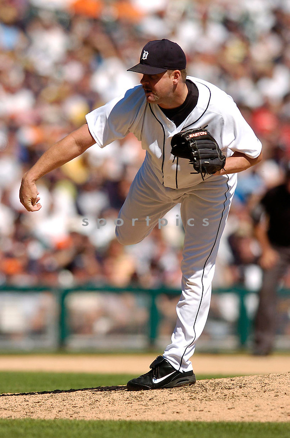 TODD JONES, of the Detroit Tigers, in action during the Tigers game against the New York Yankees in Detroit, MI on August 26, 2007...Tigers win 5-4..CHRIS BERNACCHI/ SPORTPICS.....