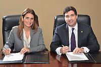 Los firmantes del convenio por parte de ambas instituciones explicaron que la iniciativa viene a fortalecer el desarrollo del sector PYME. Ligia Bonetti y Christopher Paniagua. FE