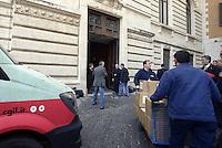 Roma, 4 Maggio 2015<br /> La CGIL consegna in Parlamento le firme raccolte per la legge di iniziativa popolare sugli appalti