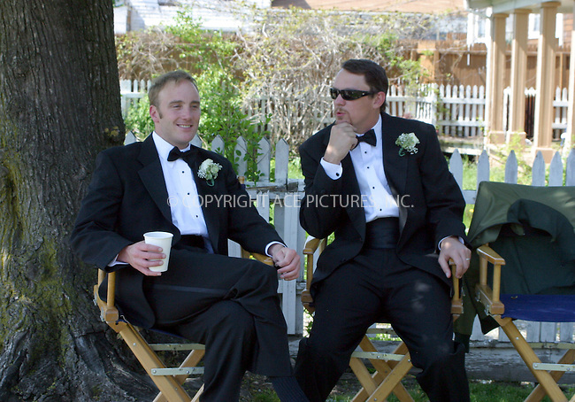 WWW.ACEPIXS.COM . . . . .***EXCLUSIVE!!! FEE MUST BE NEGOTIATED BEFORE USE!!!***....NEW YORK, MAY 10, 2005....Matthew Lillard and Jay Mohr on the set of the new Ed Burns film 'The Groomsmen.'....Please byline: PAUL CUNNINGHAM - ACE PICTURES..... *** ***..Ace Pictures, Inc:  ..Craig Ashby (212) 243-8787..e-mail: picturedesk@acepixs.com..web: http://www.acepixs.com