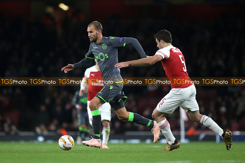 Bas Dost of Sporting Lisbon in action during Arsenal vs Sporting Lisbon, UEFA Europa League Football at the Emirates Stadium on 8th November 2018