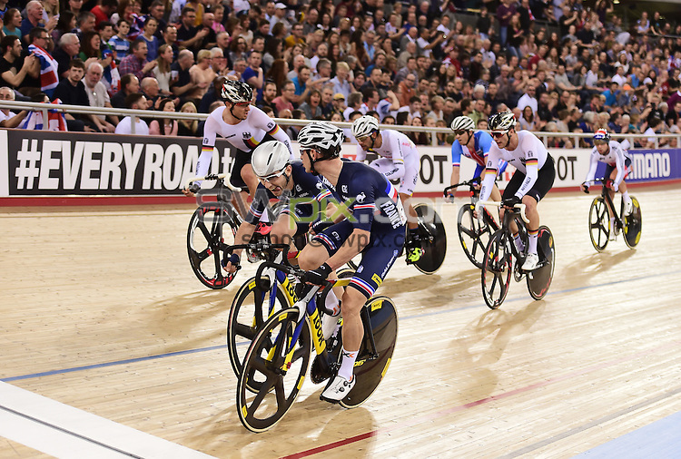 Picture by Alex Broadway/SWpix.com - 06/03/2016 - Cycling - 2016 UCI Track Cycling World Championships, Day 5 - Lee Valley VeloPark, London, England - Benjamin Thomas and Morgan Kneisky of France compete in the Men's Madison Final.