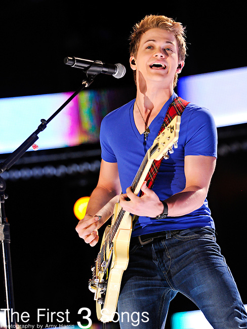 Hunter Hayes performs at LP Field during the 2012 CMA Music Festival on June 09, 2012 in Nashville, Tennessee.