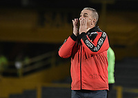 BOGOTA - COLOMBIA, 29-05-2018: Nestor Craviotto técnico de Atlético Huila gesticula durante partido de ida con Atlético Nacional por la semifinal de la Liga Águila I 2018 jugado en el estadio Nemesio Camacho El Campin en la ciudad de Bogotá. / Nestor Craviotto coach of Atletico Huila gestures during first leg match against Atletico Nacional for the semifinal of the Aguila League I 2018 played at Nemesio Camacho El Campin in Bogota city. VizzorImage/ Gabriel Aponte / Staff