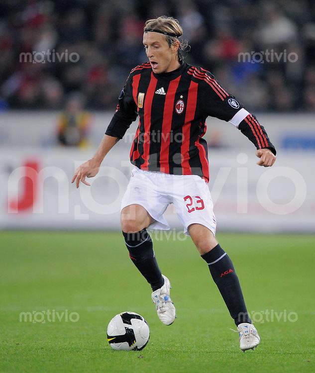 Fussball  UEFA Cup  1. Runde   2008/2009   18.09.2008 AC Mailand - FC Zuerich Massimo Ambrosini (Mailand) am Ball