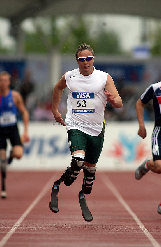 Photo: Paul Thomas..VISA Paralympic World Cup 2007. Athletics. 13/05/2007...Oscar Pistorius of South Africa.