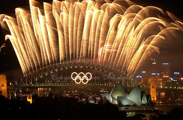 Oct 01, 2000; Sydney, Australia:.Fireworks go skyward over Sydney harbor bridge during closing ceremony at 2000 Sydney Summer Olympics..(©) Copyright 2000 by Tom Theobald