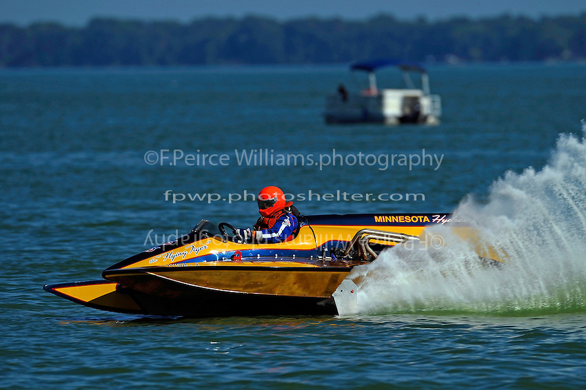"""Philip Mitchell, F-726 """"Flying Tiger"""", 1978 Gibbs 5 Litre class cabover hydroplane"""