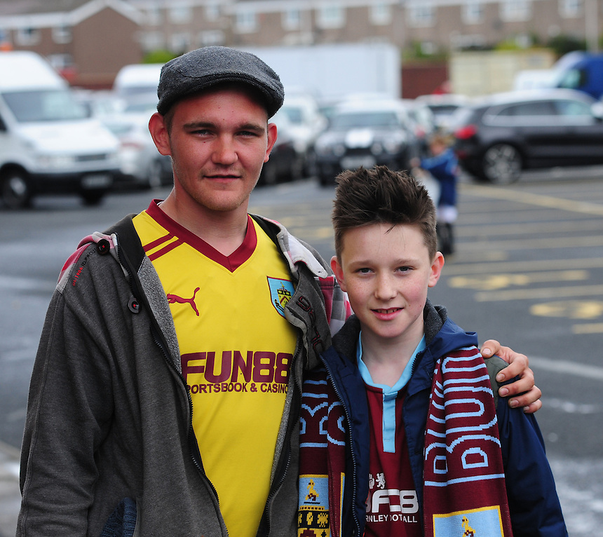 Burnley fans before kick off<br /> <br /> Photographer Chris Vaughan/CameraSport<br /> <br /> Football - Barclays Premiership - Burnley v Leicester City - Saturday 25th April 2015 - Turf Moor - Burnley<br /> <br /> &copy; CameraSport - 43 Linden Ave. Countesthorpe. Leicester. England. LE8 5PG - Tel: +44 (0) 116 277 4147 - admin@camerasport.com - www.camerasport.com