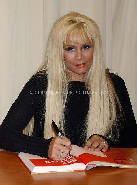 """WWW.ACEPIXS.COM . . . . . ....NEW YORK, MAY 9, 2006....Victoria Gotti Signs Her Book """"Hot Italian Dish"""" at Barnes & Noble in New York City.....Please byline: KRISTIN CALLAHAN - ACEPIXS.COM.. . . . . . ..Ace Pictures, Inc:  ..(212) 243-8787 or (646) 679 0430..e-mail: picturedesk@acepixs.com..web: http://www.acepixs.com"""